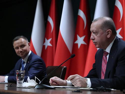 Türkiye'den Polonya'ya İnsansız Hava Aracı İhraç Edilecek