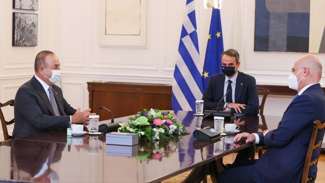 Çavuşoğlu'ndan Atina'ya kritik ziyaret