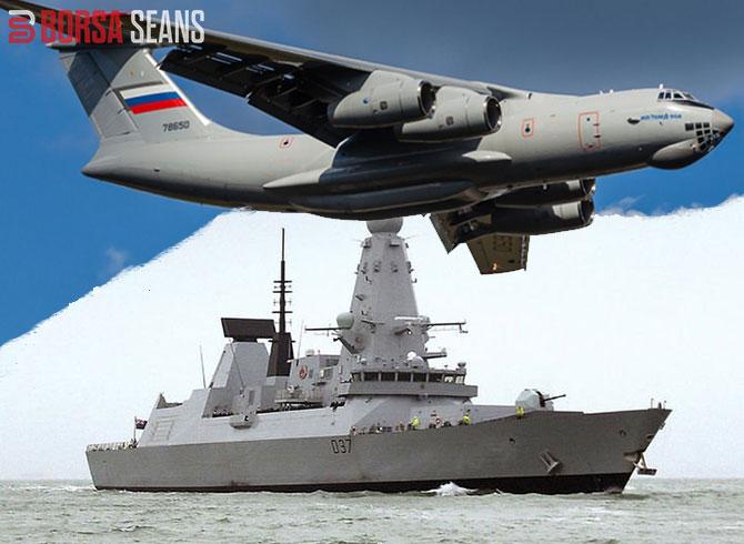Rus Uçağı , Karadeniz'de İngiliz Savaş Gemisine Uyarı Ateşi Açtı