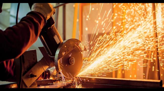 Sanayi üretimi baz etkisiyle yıllık yüzde 41 arttı