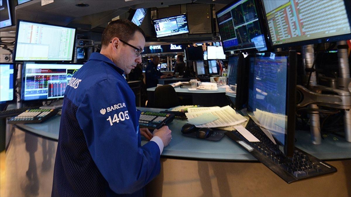 Küresel piyasalar belirsizlikler haftasını rekorlarla geçti