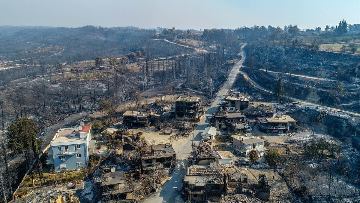 Manavgat yangını Türkiye'deki en büyük yangın felaketi oldu